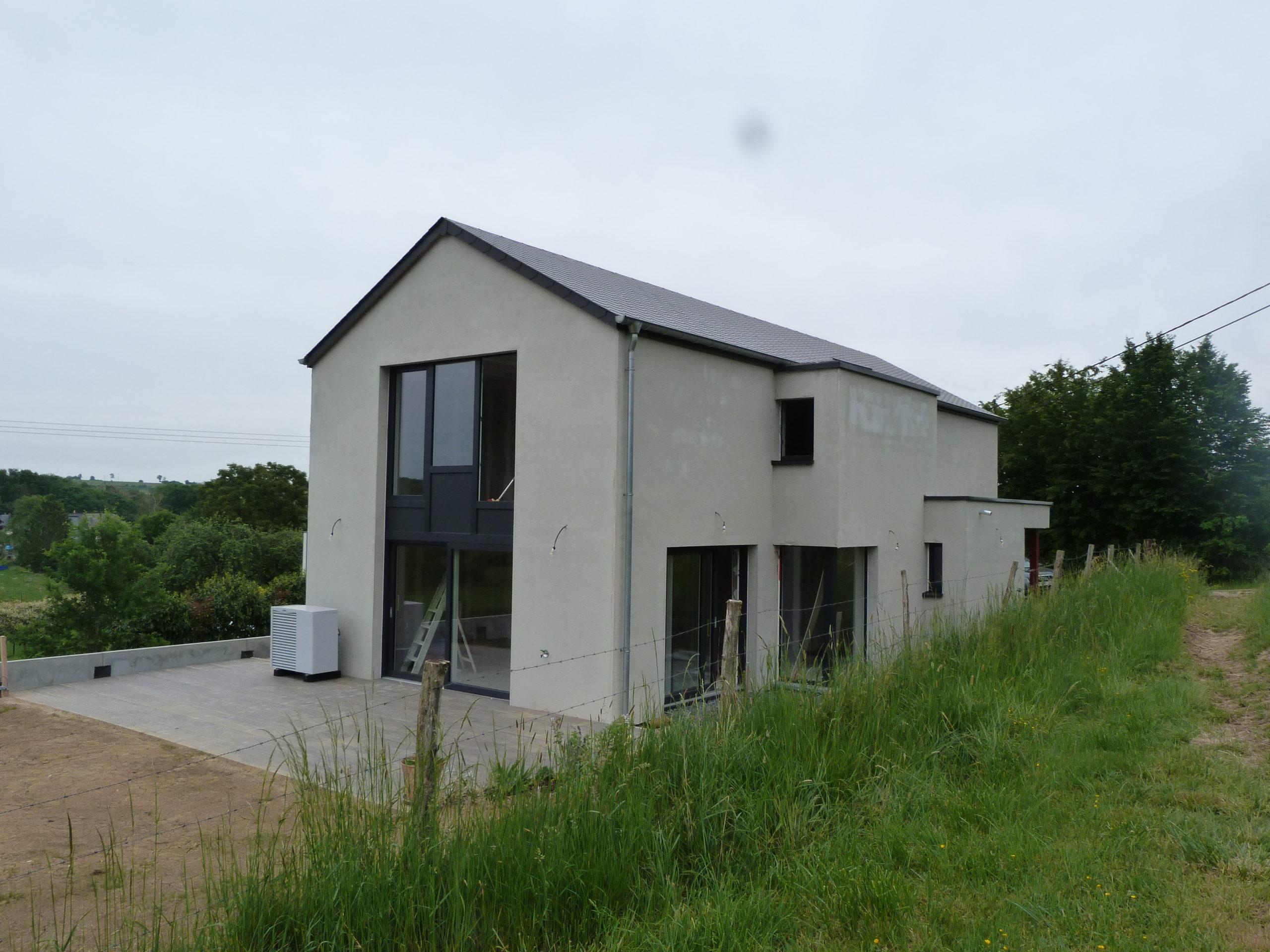 Maison 4 façades à Gomery 3 scaled