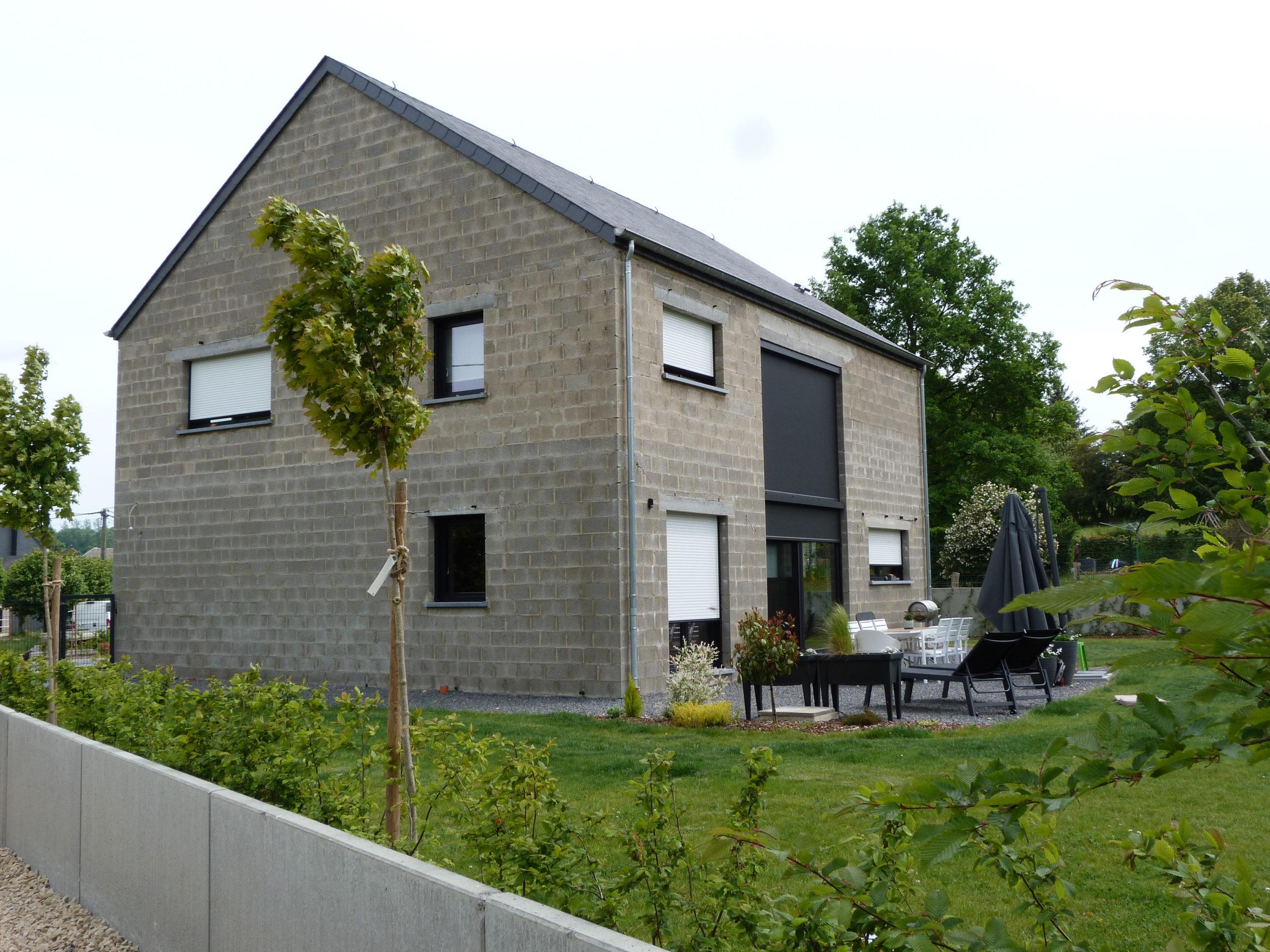 Maison 4 façades à Mussy-la-Ville 1