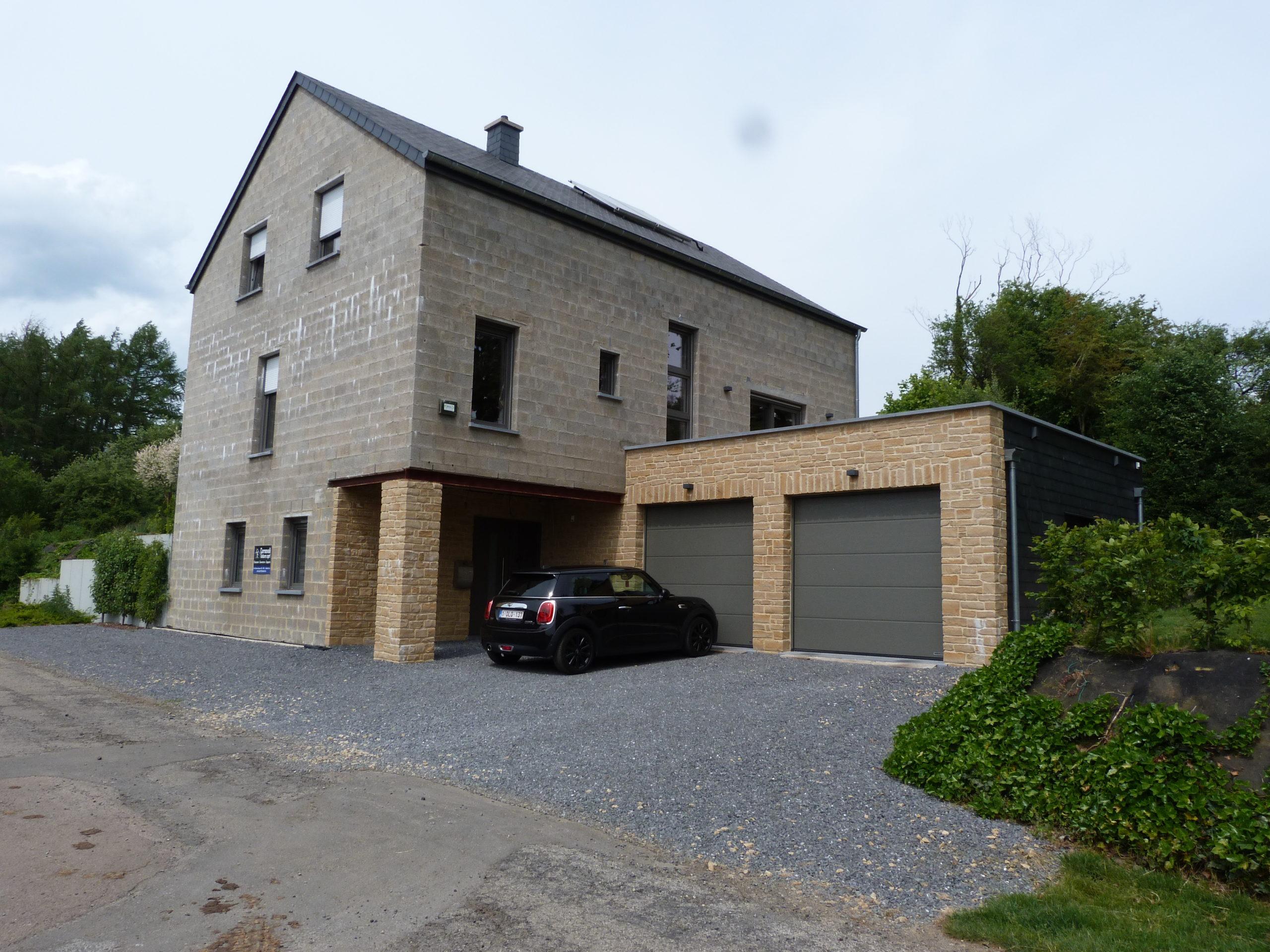 Maison 4 façades à Mussy la Ville 2 2 scaled